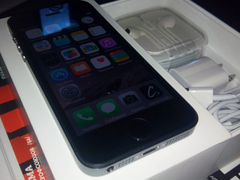 Apple iPhone 5s 32Gb Space Gray (цвет серый)