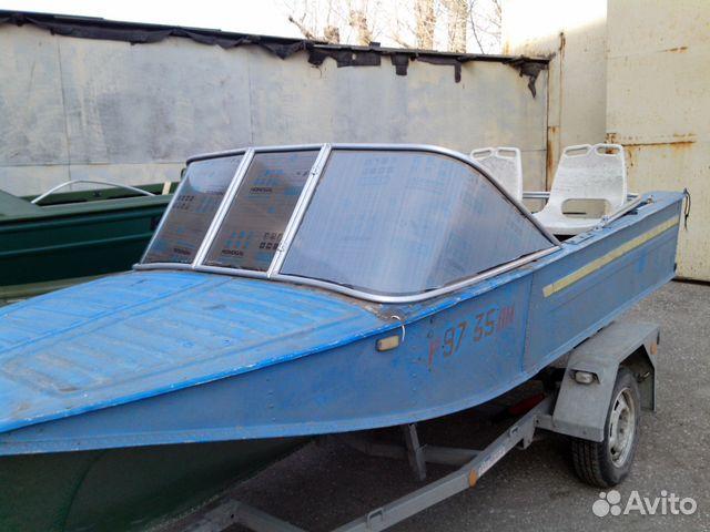 стекло с калиткой на лодку