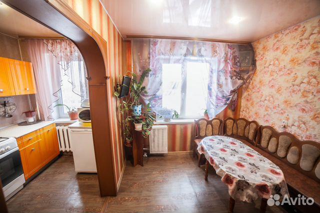 Продается трехкомнатная квартира за 2 850 000 рублей. Кузоватовская улица, 34.