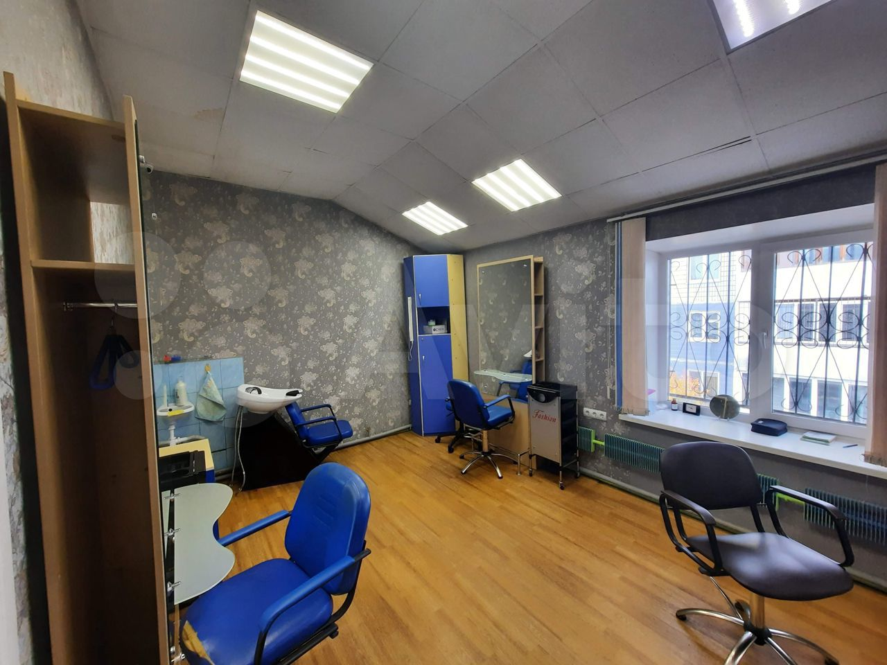 Офисное помещение, 103 м²  89609393860 купить 3