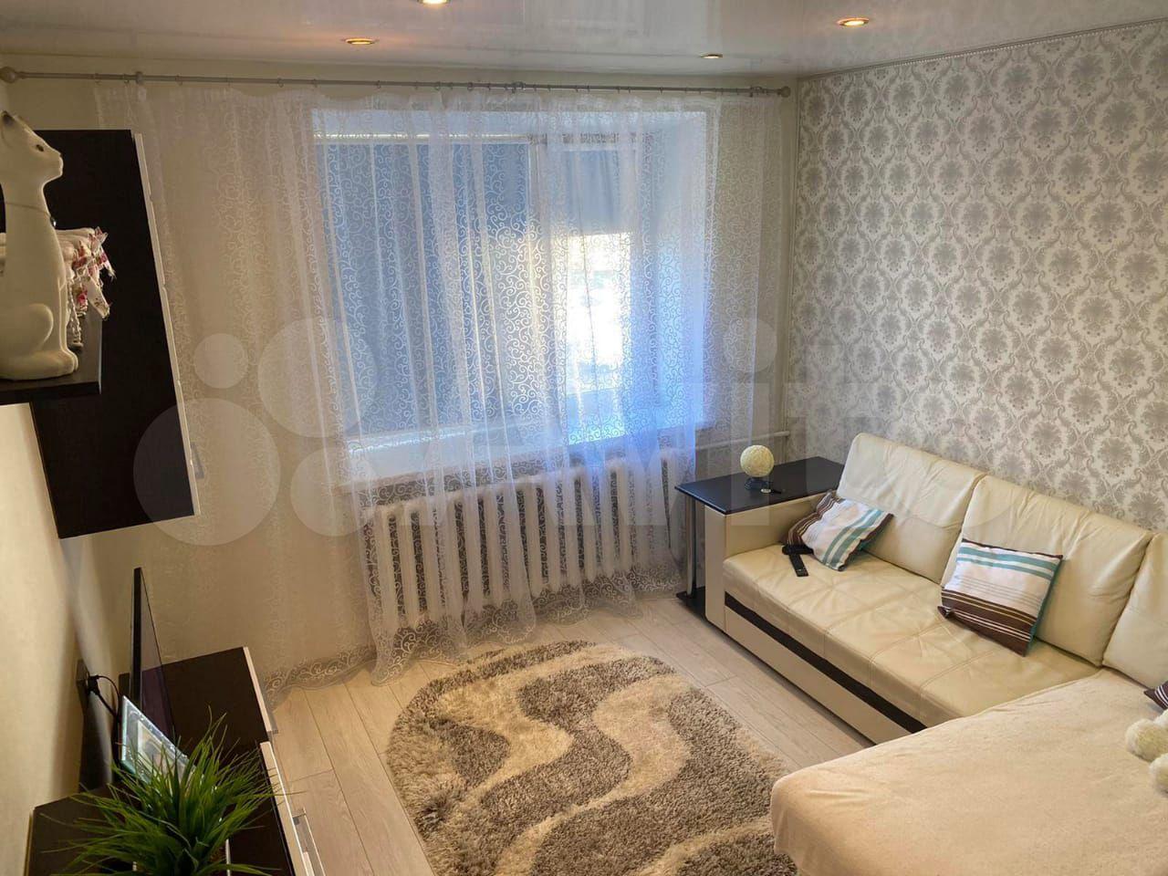 9-к, 5/5 эт. в Петрозаводске> Комната 18 м² в > 9-к, 5/5 эт.  88142636727 купить 3