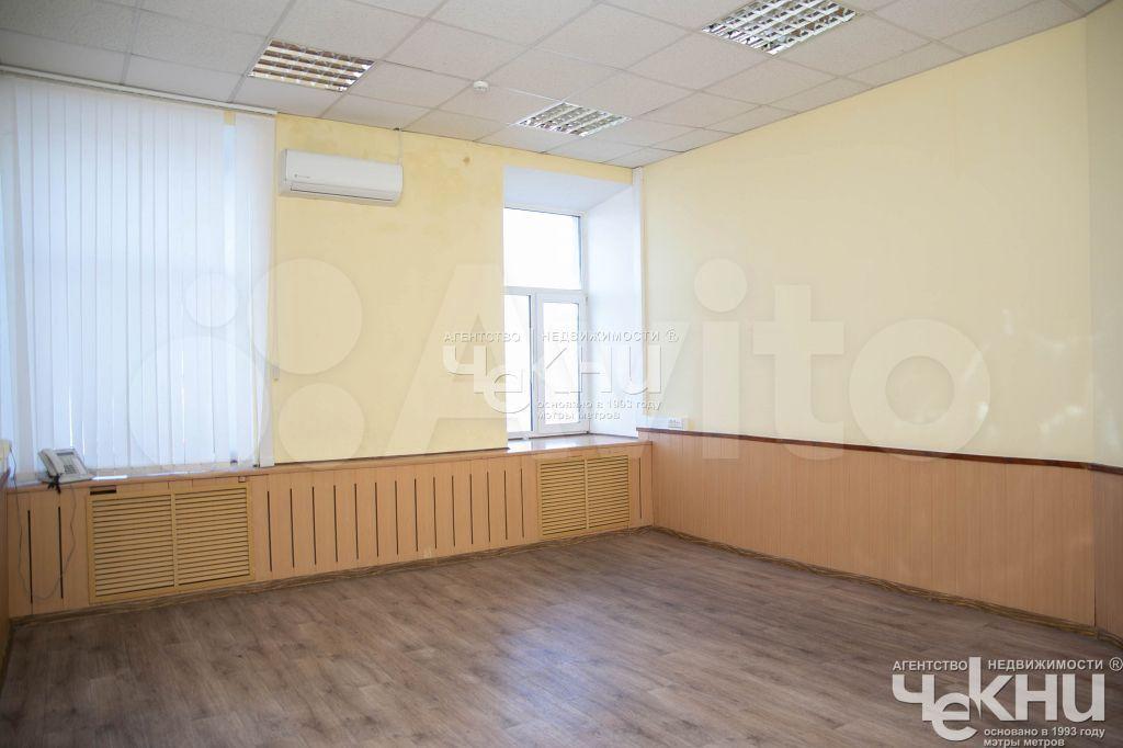 Сдам офисное помещение, 301.00 м²  89519184701 купить 7